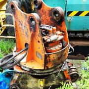 日立製作所製  油圧式(5本配管)林業グラップル